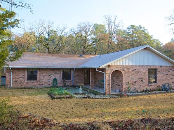 3 bed 2 bath Single Family at 60 SPRING CREEK CIR HUNTSVILLE, TX, 77320 is for sale at 165k - 1 of 16
