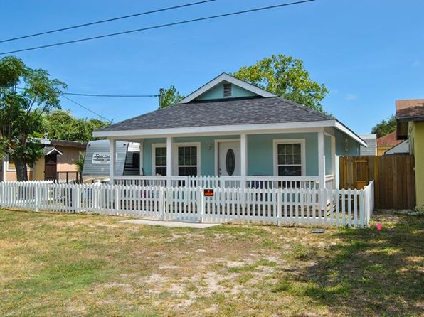 2 bed 1 bath Single Family at 311 E Nopal St Rockport, TX, 78382 is for sale at 115k - 1 of 24