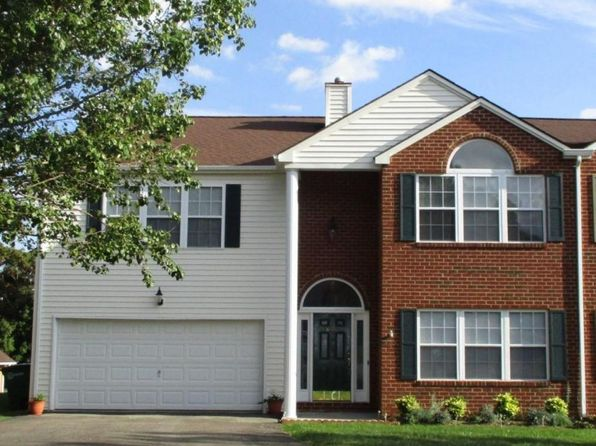 4 bed 3 bath Townhouse at 645 Arrowhead Trl Christiansburg, VA, 24073 is for sale at 229k - 1 of 34