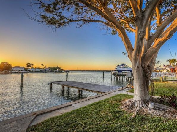 2 bed 2 bath Single Family at 578 Johns Pass Ave Madeira Beach, FL, 33708 is for sale at 540k - 1 of 24
