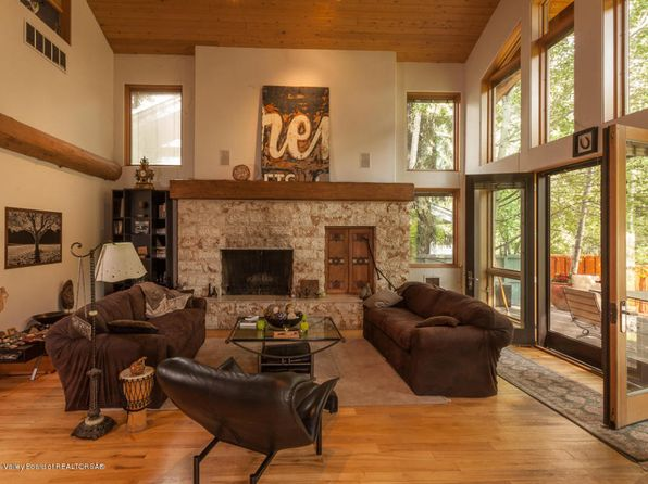 3 bed 3 bath Single Family at 229 BALD MOUNTAIN RD KETCHUM, ID, 83340 is for sale at 1.50m - 1 of 26