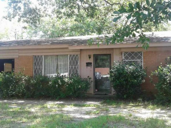 2 bed 2 bath Single Family at 2811 N Whitten Ave Tyler, TX, 75702 is for sale at 64k - 1 of 2