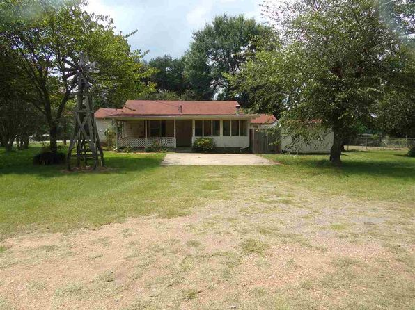 3 bed 1 bath Single Family at 804 Fm 991 Texarkana, TX, 75501 is for sale at 110k - 1 of 12