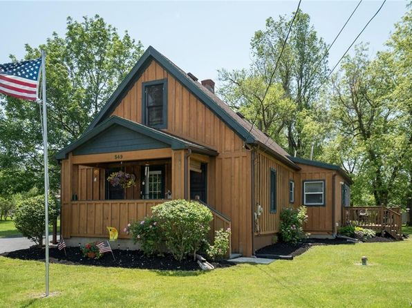2 bed 1 bath Single Family at 549 Willet Rd Lackawanna, NY, 14218 is for sale at 105k - 1 of 21