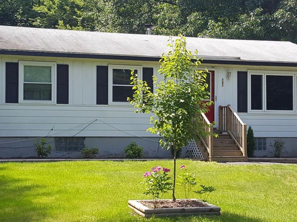 3 bed 1 bath Single Family at 131 VAN BUREN AVE NIVERVILLE, NY, 12130 is for sale at 146k - google static map