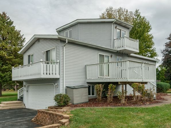 3 bed 3 bath Single Family at 570 Carolyn Ln Lake Holiday, IL, 60548 is for sale at 195k - 1 of 22