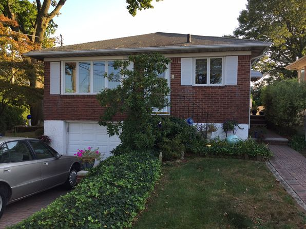 2 bed 2 bath Single Family at 6 Sparkill Ave Staten Island, NY, 10304 is for sale at 599k - 1 of 14