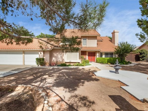 4 bed 3 bath Single Family at 18053 Hickory Tree Ln Riverside, CA, 92504 is for sale at 560k - 1 of 44