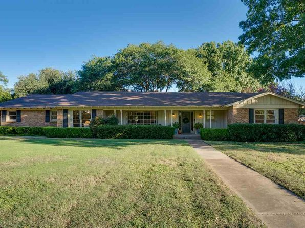 3 bed 3 bath Single Family at 1630 Hursh Ave Wichita Falls, TX, 76302 is for sale at 250k - 1 of 25