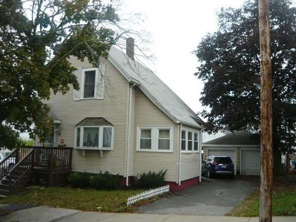 2 bed 1 bath Single Family at 32 Jefferson St Lynn, MA, 01902 is for sale at 310k - 1 of 23