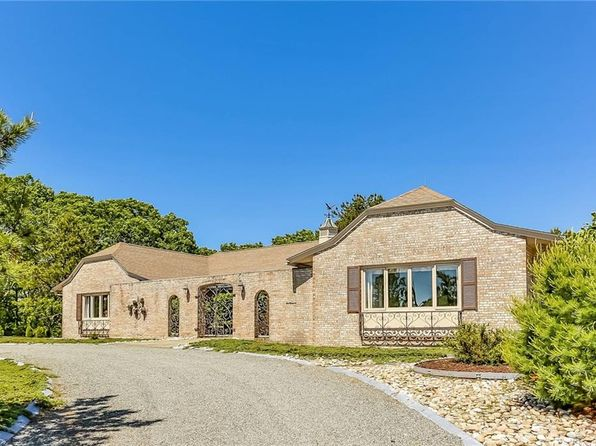 2 bed 3 bath Single Family at 7 Sablemont Ct Westerly, RI, 02891 is for sale at 465k - 1 of 38