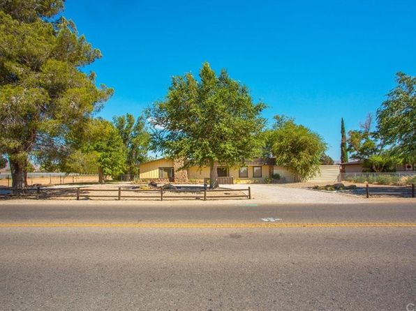 3 bed 2 bath Single Family at 13868 Kiowa Rd Apple Valley, CA, 92307 is for sale at 270k - 1 of 45