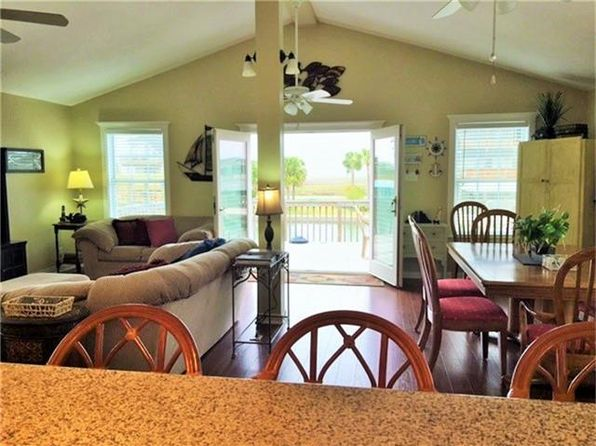 2 bed 1 bath Single Family at 4714 JAMAICA COVE RD JAMAICA BEACH, TX, 77554 is for sale at 275k - 1 of 22