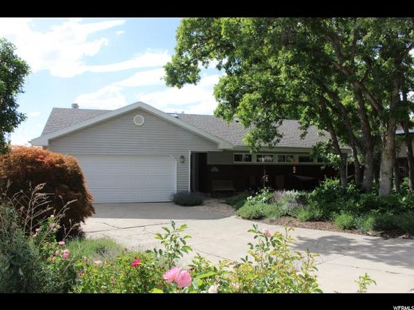 4 bed 2 bath Single Family at 3458 S Westwood Dr Salt Lake City, UT, 84109 is for sale at 490k - 1 of 28