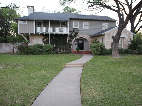 3 bed 3 bath Single Family at 2009 1st St Brownwood, TX, 76801 is for sale at 290k - 1 of 20