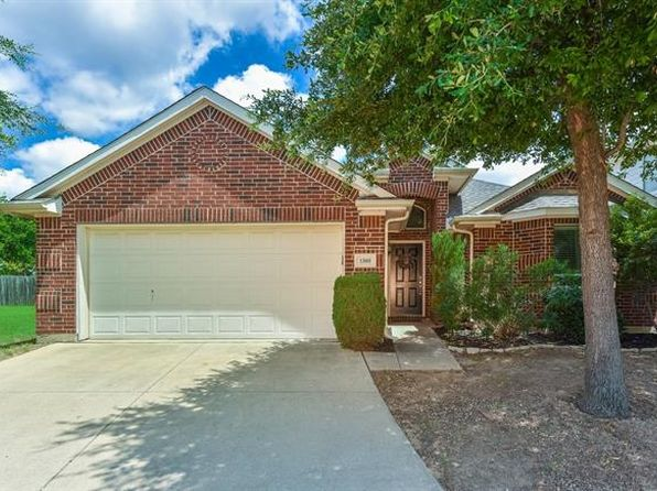 3 bed 2 bath Single Family at 1305 Cattle Crossing Dr Fort Worth, TX, 76131 is for sale at 183k - 1 of 25