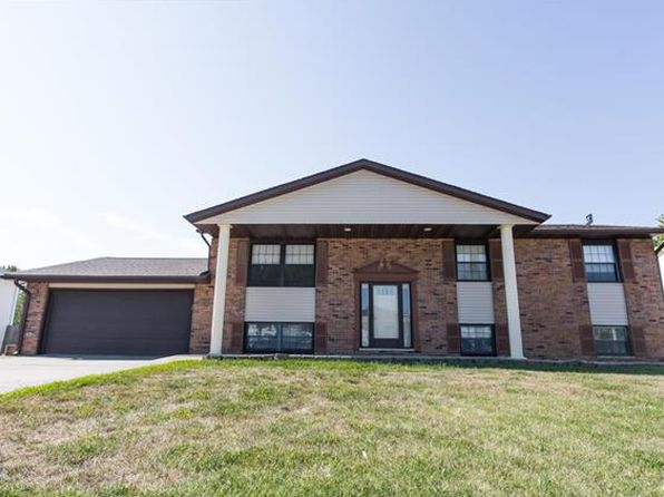 4 bed 3 bath Single Family at 203 Plum Ln New Baden, IL, 62265 is for sale at 155k - 1 of 29