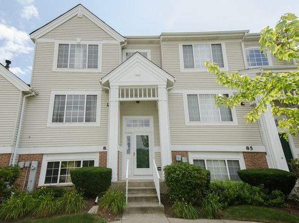 2 bed 3 bath Townhouse at 83 Cherbourg Ct Wheeling, IL, 60090 is for sale at 255k - 1 of 14