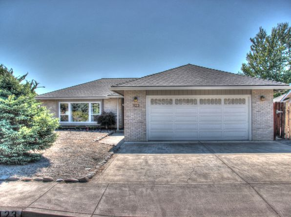 3 bed 2 bath Single Family at 1123 N Modoc Ave Medford, OR, 97504 is for sale at 285k - 1 of 22