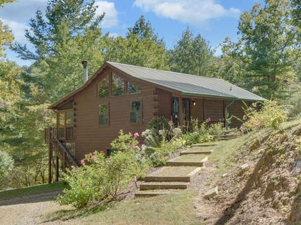 3 bed 3 bath Single Family at 231 River Run Way Hayesville, NC, 28904 is for sale at 275k - 1 of 34