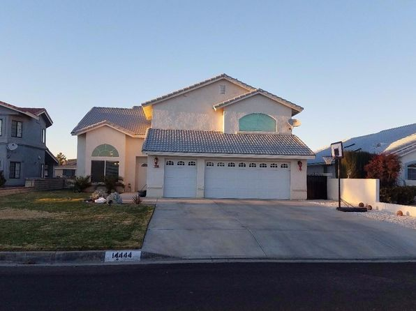 3 bed 3 bath Single Family at 14444 IRONSIDES LN HELENDALE, CA, 92342 is for sale at 388k - 1 of 37