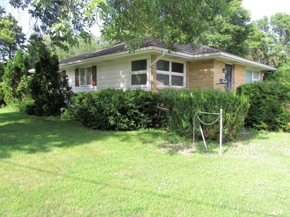 3 bed 1 bath Single Family at 2006 4th Ave NW Austin, MN, 55912 is for sale at 110k - 1 of 3