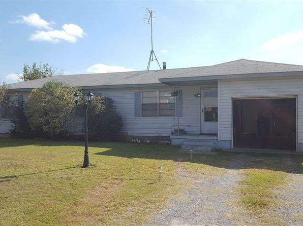 3 bed 1 bath Single Family at 604 Wisconsin St Geronimo, OK, 73543 is for sale at 28k - google static map