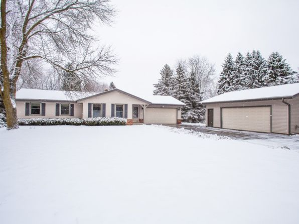 3 bed 3 bath Single Family at W306N7010 Bette Ann Dr Hartland, WI, 53029 is for sale at 290k - 1 of 25