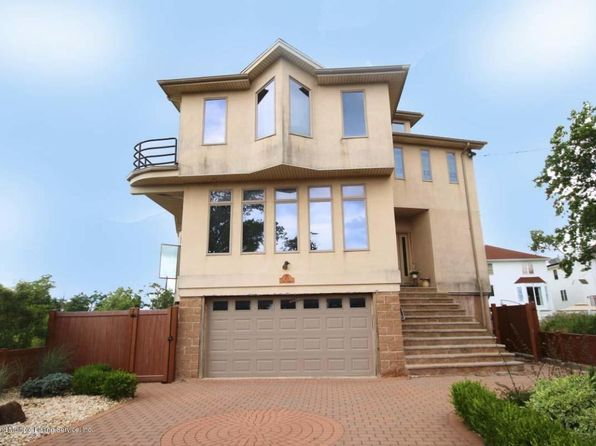 3 bed 4 bath Single Family at 515 Surf Ave Staten Island, NY, 10307 is for sale at 950k - 1 of 26