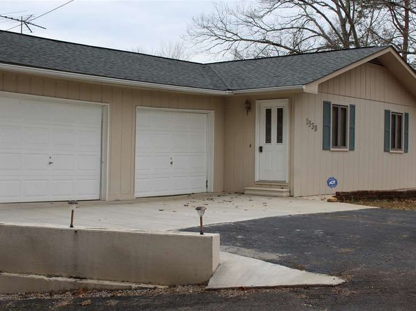 3 bed 2 bath Single Family at 1538 Old Chisholm Trl Dandridge, TN, 37725 is for sale at 340k - 1 of 29