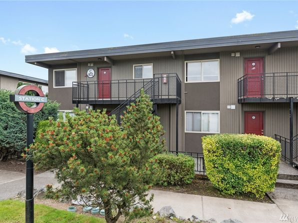 2 bed 1 bath Condo at 1102 S 27th St Tacoma, WA, 98409 is for sale at 168k - 1 of 23