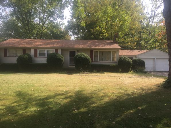 3 bed 2 bath Single Family at 880 State Route 534 NW Newton Falls, OH, 44444 is for sale at 136k - 1 of 12