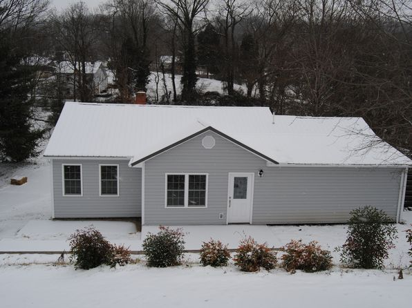 3 bed 2 bath Single Family at 1788 STRATFORD RD KINGSPORT, TN, 37664 is for sale at 148k - 1 of 22