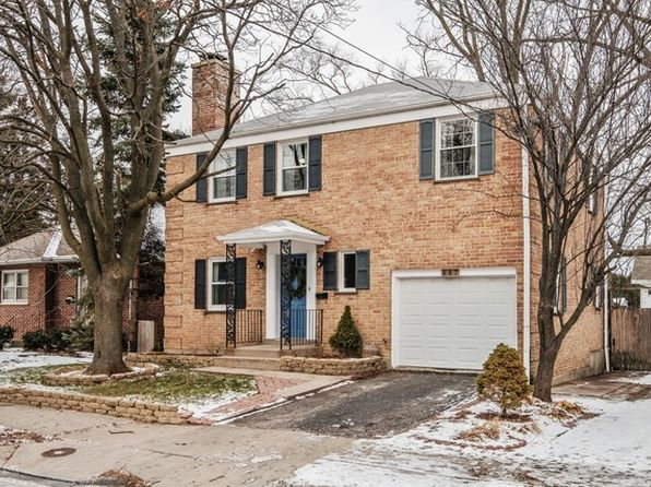 4 bed 2 bath Single Family at 887 Deerfield Rd Highland Park, IL, 60035 is for sale at 315k - 1 of 20