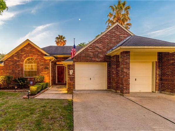 3 bed 2 bath Single Family at 14010 Bridlechase Ln Houston, TX, 77014 is for sale at 165k - 1 of 32