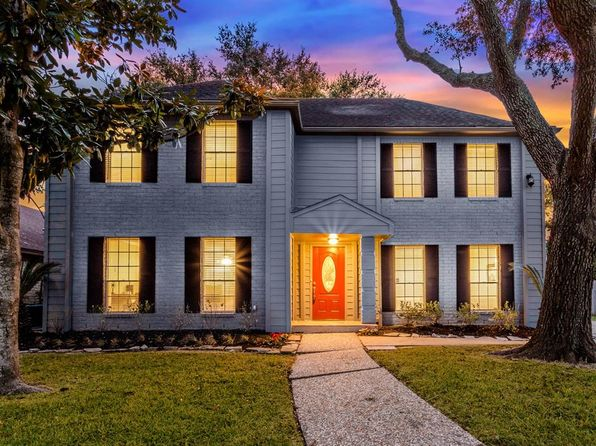 4 bed 3 bath Single Family at 11319 Briar Rose Dr Houston, TX, 77077 is for sale at 380k - 1 of 23