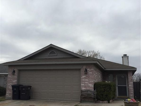 3 bed 2 bath Single Family at 10608 Flamewood Dr Fort Worth, TX, 76140 is for sale at 155k - 1 of 16