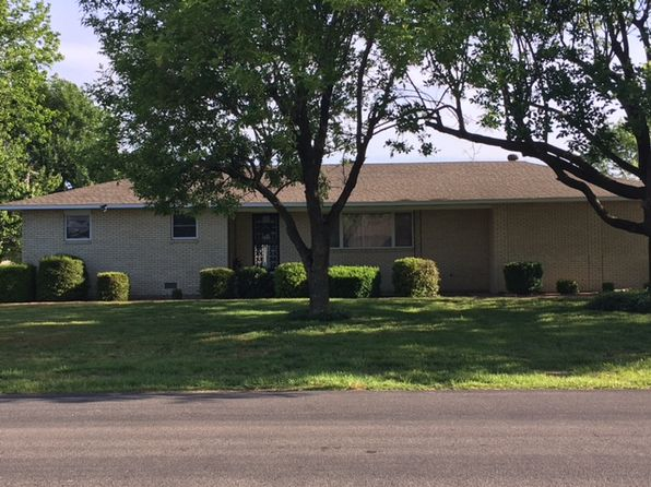 3 bed 2 bath Single Family at 216 Harrison St Sikeston, MO, 63801 is for sale at 130k - 1 of 19