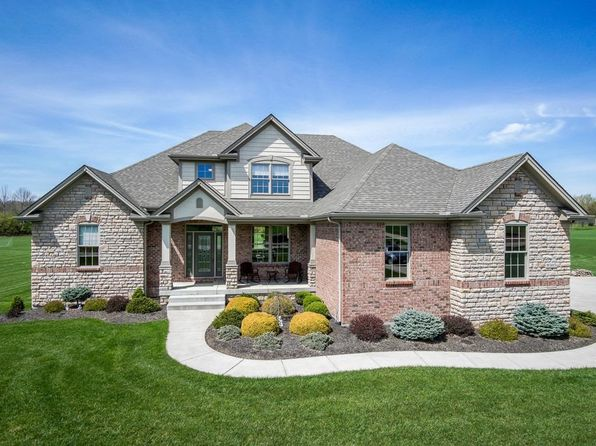 5 bed 4 bath Single Family at 8505 Twin Creek Dr Waynesville, OH, 45068 is for sale at 525k - 1 of 22