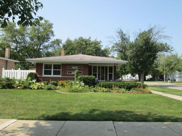 3 bed 2 bath Single Family at 2400 S 10th Ave Broadview, IL, 60155 is for sale at 300k - 1 of 30