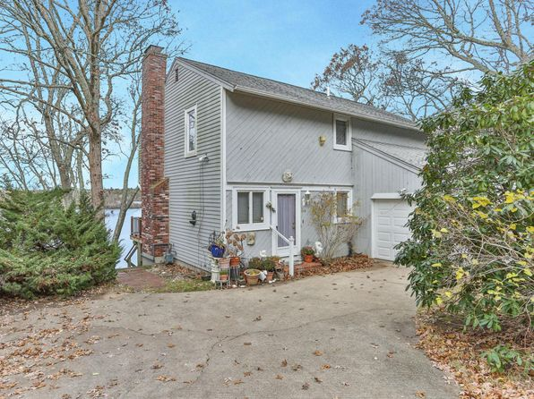 2 bed 3 bath Single Family at 164 Cottonwood Ln Centerville, MA, 02632 is for sale at 550k - 1 of 26