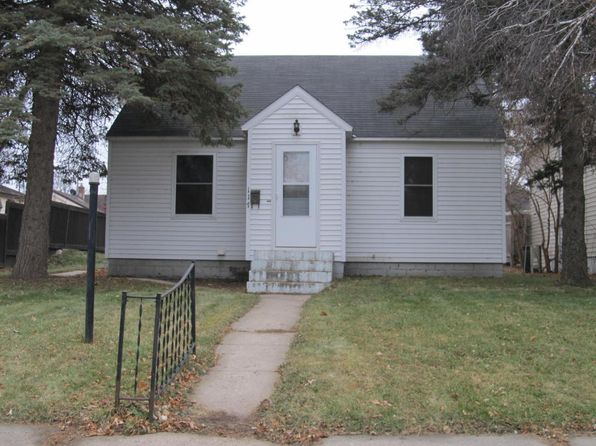 2 bed 1 bath Single Family at 117 5TH AVE Granite Falls, MN, null is for sale at 75k - 1 of 18