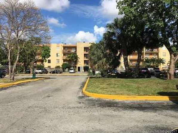 2 bed 2 bath Condo at 5665 W 20th Ave Hialeah, FL, 33012 is for sale at 155k - 1 of 10