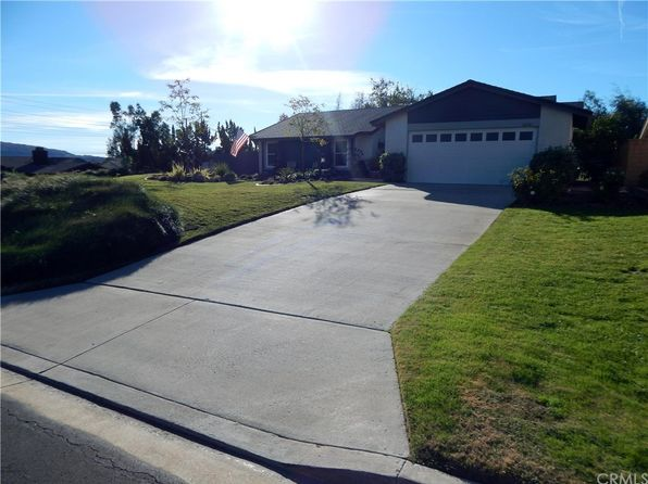 3 bed 2 bath Single Family at 42521 Verdadero Pl Temecula, CA, 92592 is for sale at 415k - 1 of 25