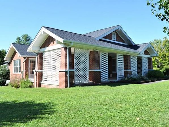 3 bed 2 bath Single Family at 95 Hennessee St Morganton, NC, 28655 is for sale at 137k - 1 of 23