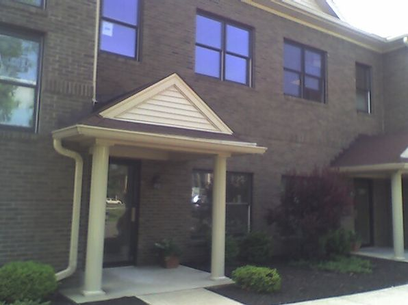 3 bed 1 bath Condo at 2305 Hurstbourne Village Dr Louisville, KY, 40299 is for sale at 85k - 1 of 8