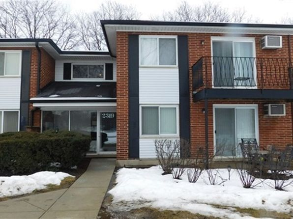 1 bed 1 bath Condo at 2319 E Olive St Arlington Heights, IL, 60004 is for sale at 95k - 1 of 17