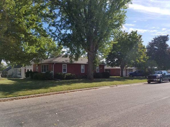 3 bed 2 bath Single Family at 703 Twiford St SW Chatfield, MN, 55923 is for sale at 180k - 1 of 15