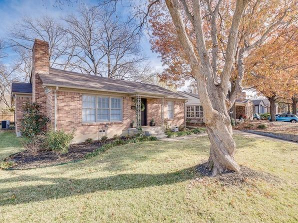 2 bed 2 bath Single Family at 2733 Ryan Place Dr Fort Worth, TX, 76110 is for sale at 269k - 1 of 26