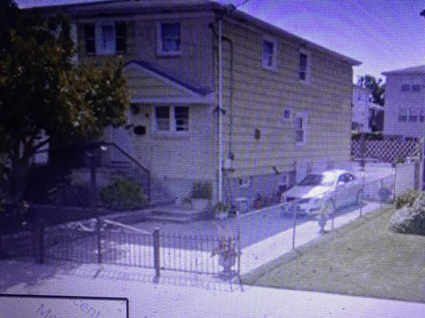 3 bed 2 bath Single Family at 28 PARK ST STATEN ISLAND, NY, 10306 is for sale at 566k - google static map